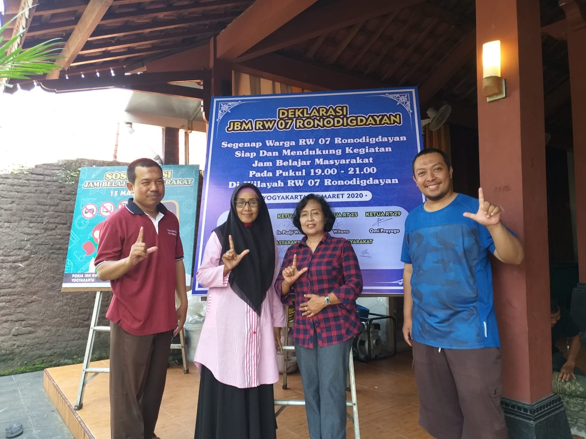 Deklarasi JBM Demi Lingkungan Belajar Yang Nyaman Di RW 07 Ronodigdayan Kelurahan Bausasran