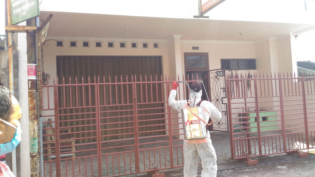 KTB Bausasran Semprot Disinfektan di Lima Kampung
